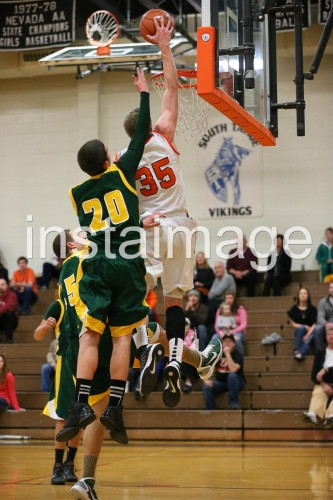 130115_Douglas_instaimage_Boys Basketball_Hunter Meyers_2