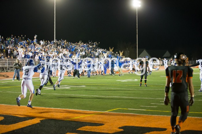 131101_instaimage_Carson High Football_Celebration